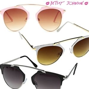 Betsey Johnson ~ Retro Sunglasses in 3 options